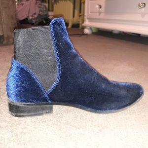 Aldo Blue Velvet Booties Size 8.5